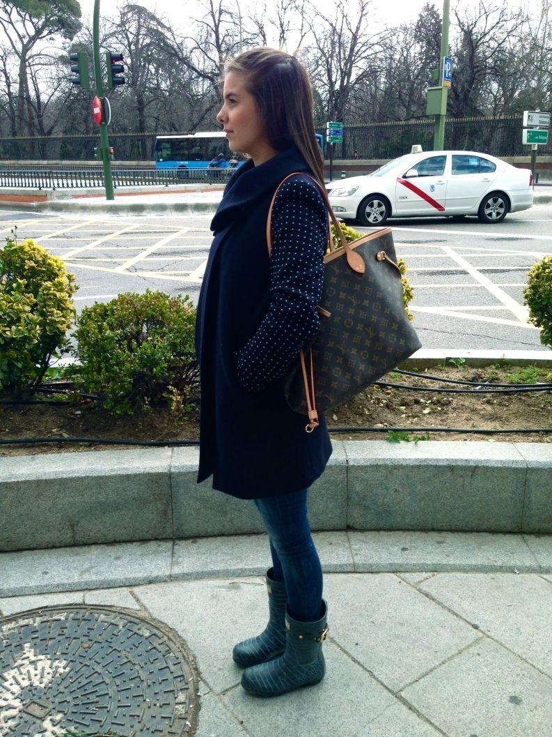 Bag: Louis Vuitton Jeans: Zara Coat: Zara Boots: Jimmy Choo