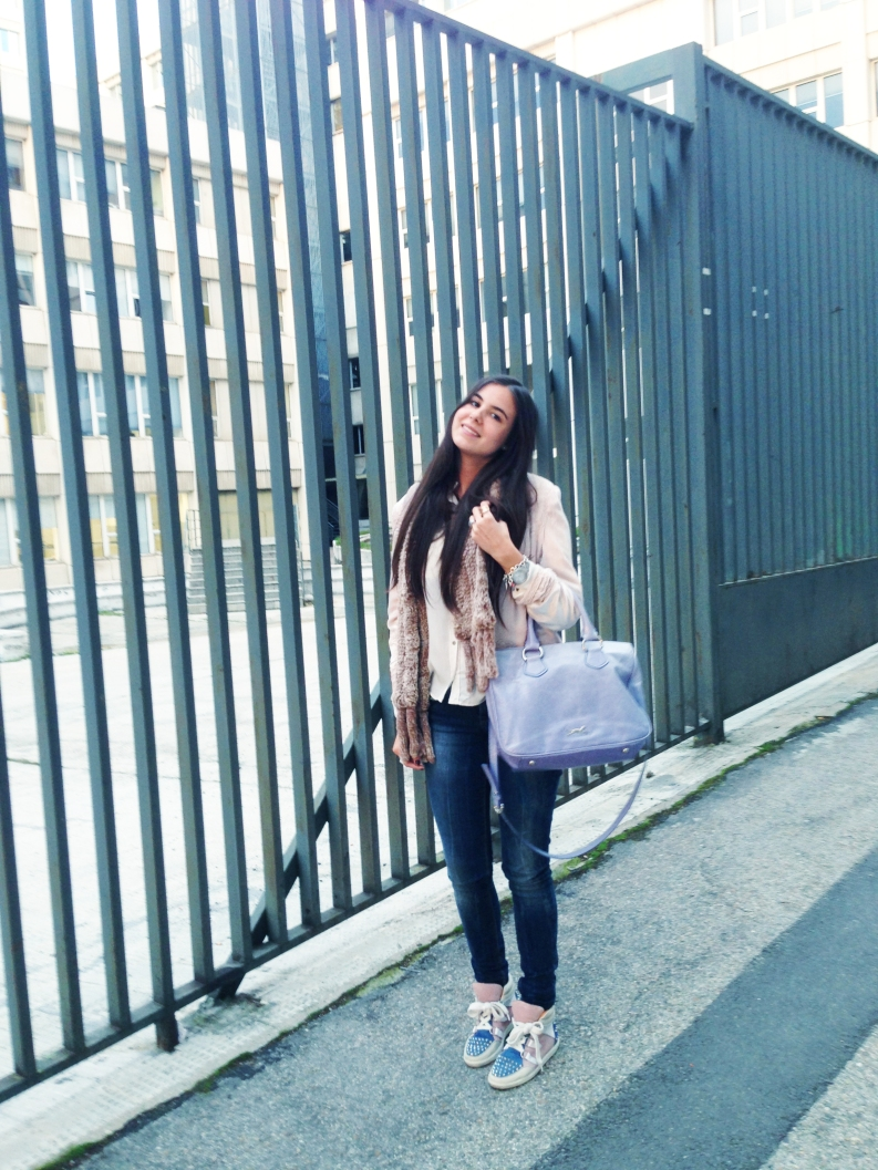 Jacket: Zara Bag: Bimba & Lola  Silk Shirt: Zara Sneakers: Sandro